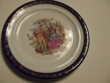 assiette ancienne avec couple marquis