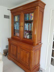 très belle bibliothèque en merisier de la marque Crozatier