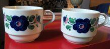 Deux charmantes tasses - vintage