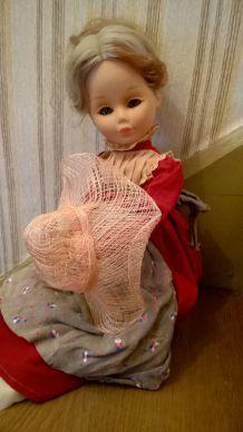 """"""" Eloïse """" poupée ancienne rétro, vintage , marque MIGLIORATI"""
