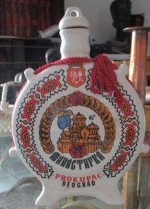 Bouteille de liqueur en céramique marque Prokupac