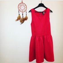 Très jolie petit robe rouge