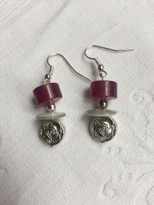 Boucles d'oreilles violet et blanc