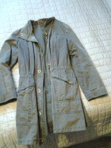 Manteau cintré couleur taupe
