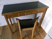 Table, bureau vintage