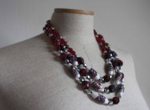 collier à perles rouges