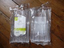 Lot De 20 couteaux Plastiques Jetable Semi Transparent Très Rigide- Neuf- Tipik