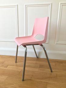 Petite chaise d'écolier années 70