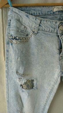 Skinny jean perles et dentelle TBE