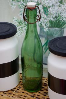 Bouteille ancienne verre vert Gourgeon et Rogier Carpentras
