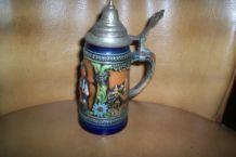 chope ancienne ceramique 16 cm de haute et en relief