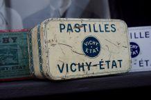 Boite métal ancienne Vichy