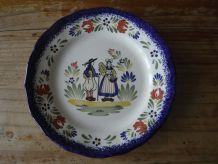 Petite assiette décor breton