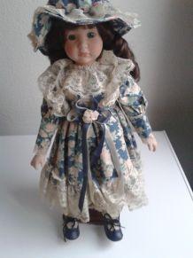 poupée porcelaine de collection
