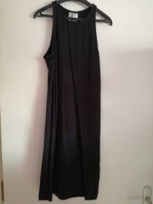 Robe noire courte moulante