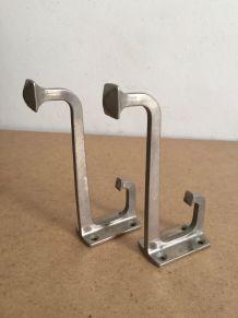 Deux patères métal