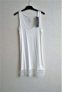 Robe t-shirt Cache Cache