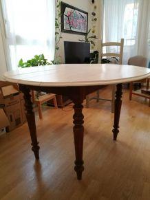 Table en chêne peinte en blanc laqué