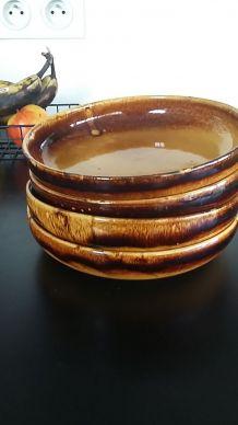 Lot de 4 assiettes en céramique