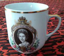 Tasse silver Jubilée Queen Elisabeth