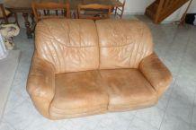 Canapé deux places en cuir sauvage