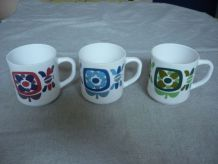 3 mugs vintage decor fleurs