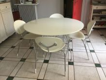 Table ronde glossy 130