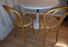 2 chaises bistrots année 70
