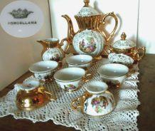 Service à café/moka porcelaine italienne OR et médaillon FRAGONARD