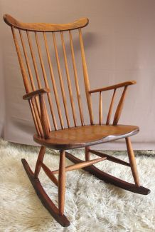 Rocking-Chair ancien style «Scandinave»