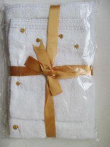 Ensemble cadeau Serviette et gant petite abeille jaune et or