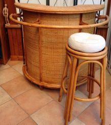 meuble bar vintage en rotin