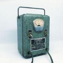 Chargeur de batteries 60s industriel