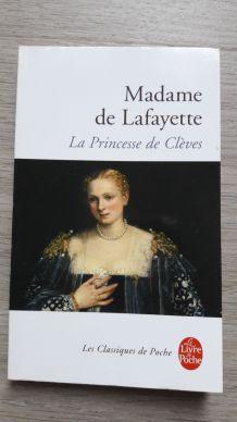 """Livre """"La Princesse de Clèves"""" de Madame de Lafayette"""