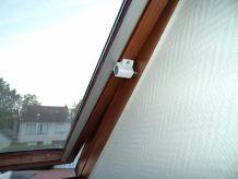 Sécurité Spéciale pour Fenêtre de toit type VELUX / et Autres - Sécurité Enfants