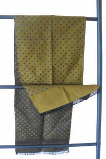 écharpe fine en tissu laine mélangée
