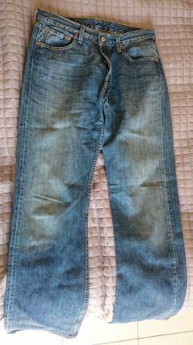 Jeans LEVI'S 501 homme T29 taille 29 pour homme mince ou ado garçon.