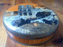 Boite ancienne en tôle litographiée - Notre Dame de Paris