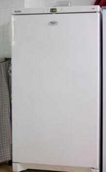 Congélateur armoire Whirlpool