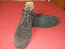 CHAUSSURE MONTANTE HOMME. Marque BALLY