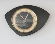 Horloge asymétrique vintage