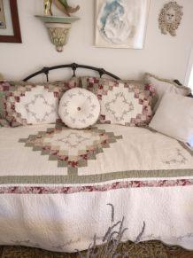 canapé-lit américain en fer forgé
