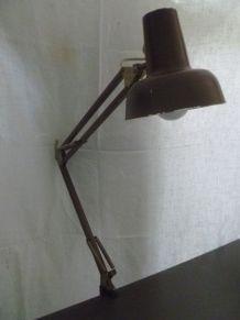 Lampe  de  bureau  ancienne  en  métal