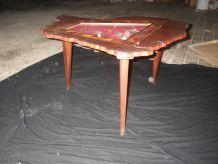 table tripode vintage papillons sous verre et marqueterie