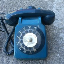 Téléphone Socotel vintage bleu année 70