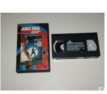 CASSETTE VHS JAMES BOND tuer n'est pas jouer
