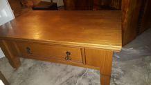 Table basse pin massif ciré miel