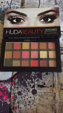 Palette maquillage Huda
