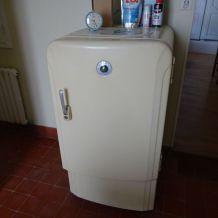 ancien frigo années 50-60