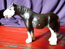 Petit cheval de plomb